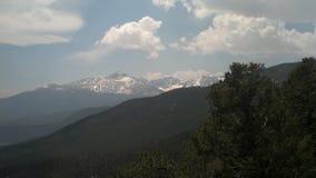 Schnee mit einer Kappe bedeckter Berg in Colorado Stockbilder