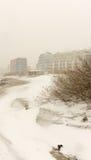 Schnee treibt auf dem Strand in Pomorie, Bulgarien Stockfoto