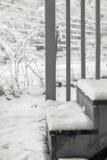 Schnee umfasste Schritte Stockfoto