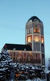 Schnee und Gebäude stockbilder