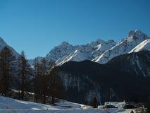 Schneebedeckte Gipfel Lizenzfreies Stockfoto