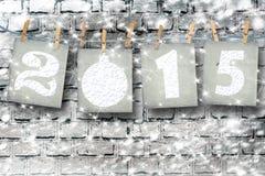 Schneebedeckte Papierzahlen von neuem 2015 mit Schnee Stockfoto