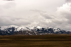 Schneebedeckter Gebirgszug in Utah Stockfotos