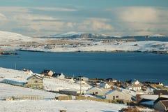 Schneebedeckter Meerblick des Winters Lizenzfreie Stockfotos