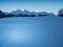Schneebedecktes Tal im Engadine Lizenzfreies Stockbild