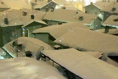 Schneefälle in der Nacht Lizenzfreies Stockfoto