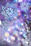 Schneeflocken für leuchtendes lizenzfreies stockfoto