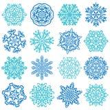 Schneeflocken-Vektoren. 16 lokalisiert auf weißem Hintergrund Lizenzfreie Stockfotos