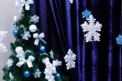 Schneeflockenschaum Weihnachtsverzierungen Lizenzfreies Stockbild