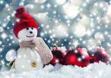 Schneemann auf Schnee Lizenzfreies Stockbild