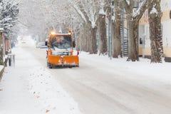 Schneepflug und Schneeunglück Lizenzfreies Stockfoto