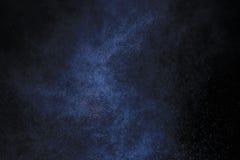 Schneeregen auf einem schwarzen Hintergrund Lizenzfreies Stockbild
