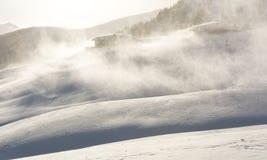 Schneesturm in den Bergen zur Winterzeit Berge von Trentino Alto Adige, Süd-Tirol Lizenzfreie Stockfotografie
