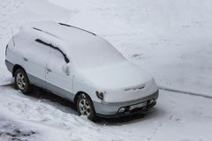 Schneewetter, kalter Winter Stockbild