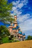 Schneewittchen ziehen sich bei Disneyland Paris, Eurodisney-Leitartikel zurück lizenzfreie stockbilder