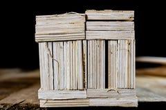 Schneiden Sie frisch Sperrholz Sperrholzstreifen vereinbart in den Stapeln Warehous Lizenzfreie Stockfotos