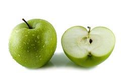 Schneiden Sie grünen Apfel Lizenzfreies Stockfoto