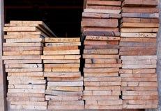 Schneiden Sie Holz, hölzernen Schneider Lizenzfreies Stockbild