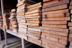 Schneiden Sie Holz, hölzernen Schneider Stockbild