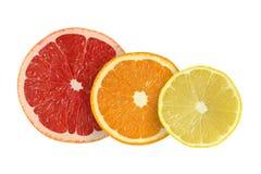 Schneiden Sie Pampelmusen- und Orangen- und Zitronenfrüchte stockfotos