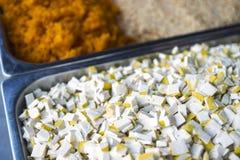 Schneiden Sie Tofu, chinesischen gesalzenen Rettich, gestampfte Erdnuss Stockbilder