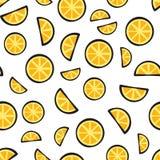 Schneidet frische Zitrone auf weißem Hintergrundmuster Stockfotos