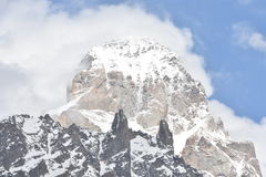 Schneien Sie auf Bergen in Mestia, svaneti, Georgia Stockfotos