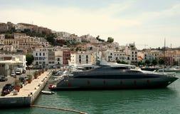 Schnellboote in Ibiza Stockfoto