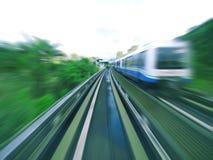 Schnelle Massendurchfahrt Stockfoto