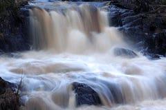 Schnellerer Wasserfall stockbilder