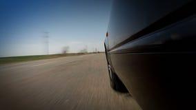 Schnelles Fahren auf schlechte Straße stock video