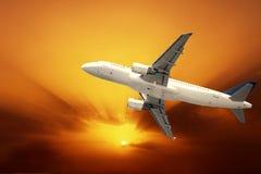 Schnelles Flugzeug Stockfotos