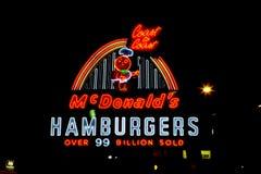 Schnelles McDonalds-Zeichen lizenzfreies stockfoto