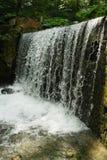schnelles Stromwasser stockfotografie
