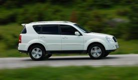 Schnelles SUV Lizenzfreies Stockbild