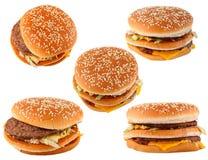 Schnellimbiß. Gruppenhamburger getrennt auf Weiß Lizenzfreie Stockfotografie