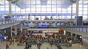 Schnellimbiß klemmt an internationalem Flughafen Hongs Kong fest Lizenzfreies Stockbild