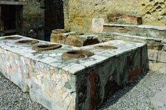 Schnellimbissrestaurant, Ruinen von der vulcano Eruption Stockfoto