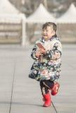 Schnellporträt eines glücklichen Kindes Stockbilder