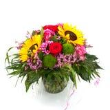 Schöner bunter Blumenstrauß der frischen Blumen getrennt auf weißem Hintergrund Stockbilder