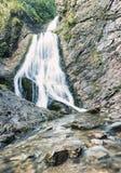 Schöner Wasserfall Stockbilder