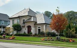 Schönes Haus im Fall Stockfoto