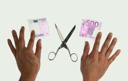 Schnitt der Anmerkung des Euros 500 Stockfotos