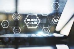 Schnittstelle blockchain Laptop Lizenzfreie Stockbilder
