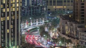 Schnittverkehrs-Nacht-timelapse auf Mohammed Bin Rashid Boulevard stock footage