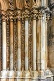 Schnitzen auf einem Stein in dominikanischem mittelalterlichem Kloster Batalha Stockbilder