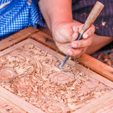Schnitzen des Holzes lizenzfreies stockfoto