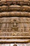 Schnitzen von Details über die äußere Wand von Jhulta Minara, Ahmedabad, Gujarat lizenzfreies stockbild