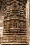 Schnitzen von Details über die äußere Wand von Jhulta Minara, Ahmedabad, Gujarat stockfoto