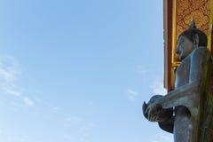 Schnitzender Bronzebuddha Lizenzfreie Stockbilder